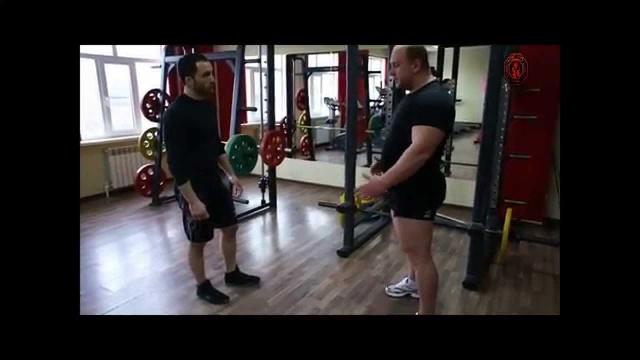 Базовые упражнения для развития физической силы борца.