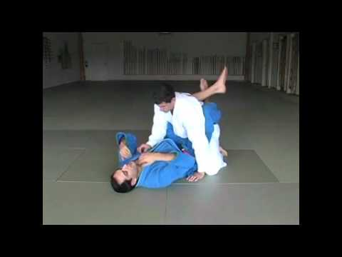 Требования на синий пояс по бразильскому джиу джитсу. Удушающие приемы БЖЖ