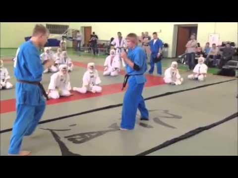 Демонстрация ударной техники Кудо в парах