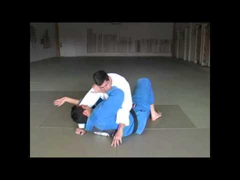 Требования на синий пояс по бразильскому джиу джитсу. Уходы с позиций в БЖЖ