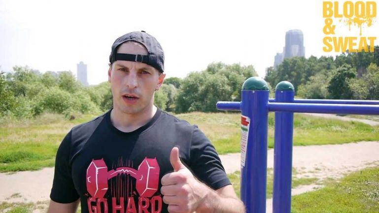 Кроссфит видео. Тренировка силы для MMA. Максим Хилюк.