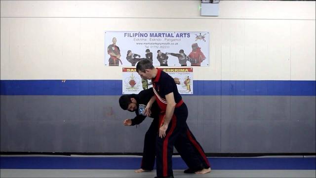 Антон Сент-Джеймс. Пангамут (филипинский бокс). Как защититься от комбинации джеб-хук