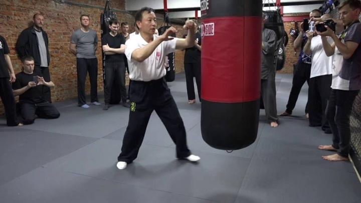Мастер Яо Ченжун. Работа по мешку в Ицюань. Часть 1