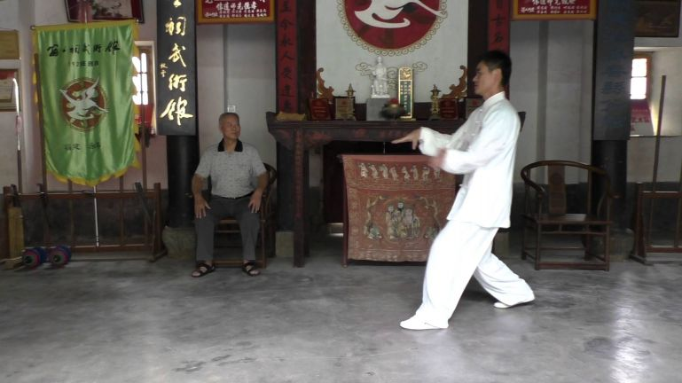 """Таолу ушу Бай Хэ Цюань """"Тринадцать Королевских Защитников"""" (13 великих полководцев)"""