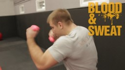 Кроссфит видео. Тренировка взрывной силы и анаэробной выносливости. Техника и  СФП бокса. Игорь Смол