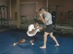 Тренировки ММА. Проход в две ноги и другие броски для мма